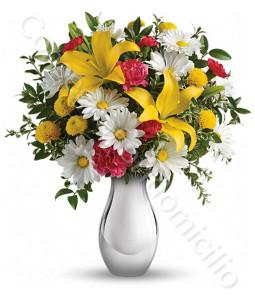 consegna-fiori-a-domicilio-bouquet_gigli_margherite_fiorellini_rossi