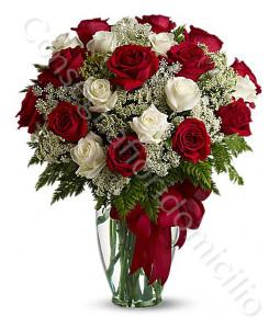 consegna-fiori-a-domicilio-bouquet-di-24-rose-rosse-bianche